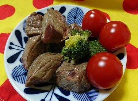 馬肉ステーキ.jpg